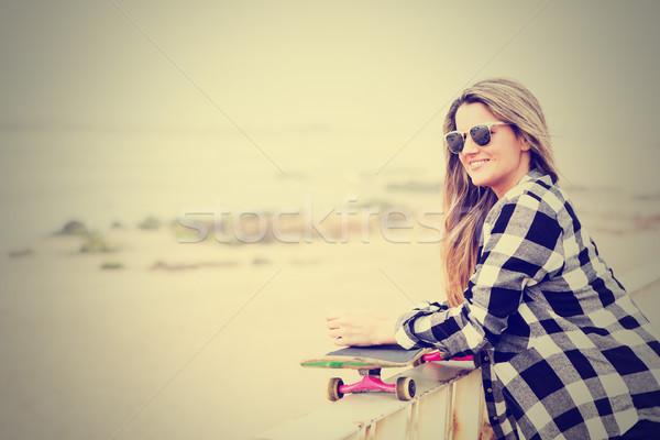 美しい ファッション ライフスタイル 若い女性 スケート ストックフォト © hsfelix