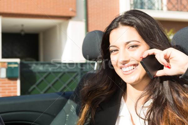 Mulher de negócios jovem bem sucedido telefone marca Foto stock © hsfelix