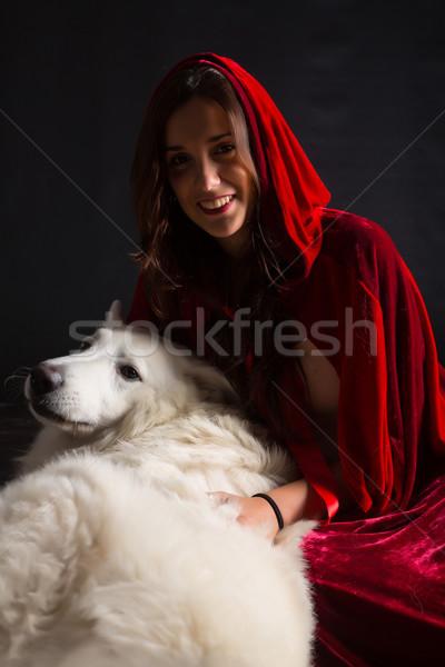 красный сокрытие женщину позируют студию Сток-фото © hsfelix