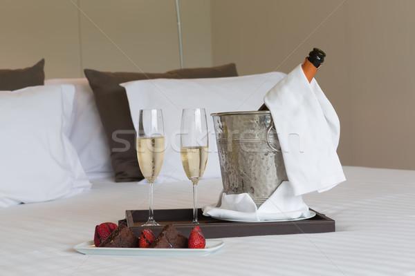 Balayı otel odası atış düğün sevmek şarap Stok fotoğraf © hsfelix