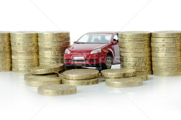 Para kırmızı araba duvar yalıtılmış beyaz Stok fotoğraf © hyrons