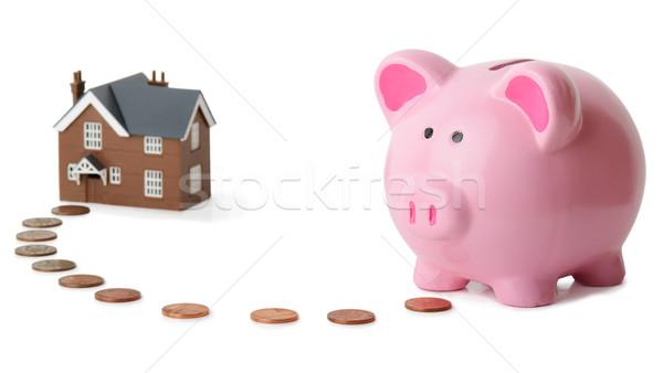 Bankacılık ev kumbara para ev yalıtılmış Stok fotoğraf © hyrons