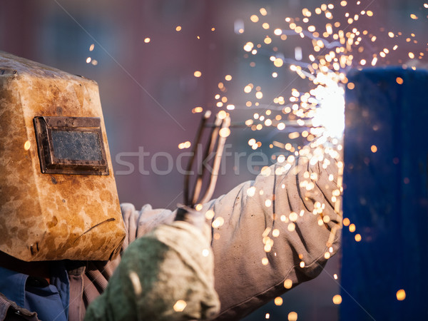 Arco soldador trabalhador máscara soldagem metal Foto stock © ia_64