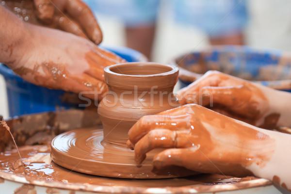 Klei hand aardewerk wiel keramische menselijke hand Stockfoto © ia_64