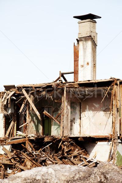 Szerencsétlenség ház hurrikán földrengés kár épület Stock fotó © ia_64