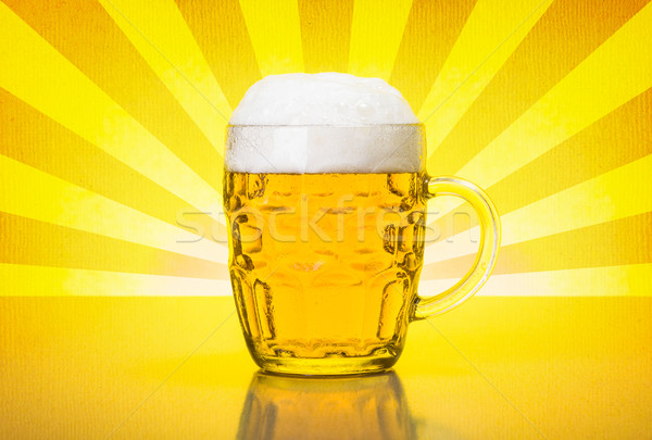 Olf fashioned mug with fresh, foamy beer Stock photo © icefront