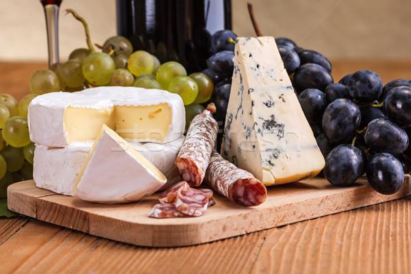 Camembert queso azul secar salchicha macro Foto stock © icefront