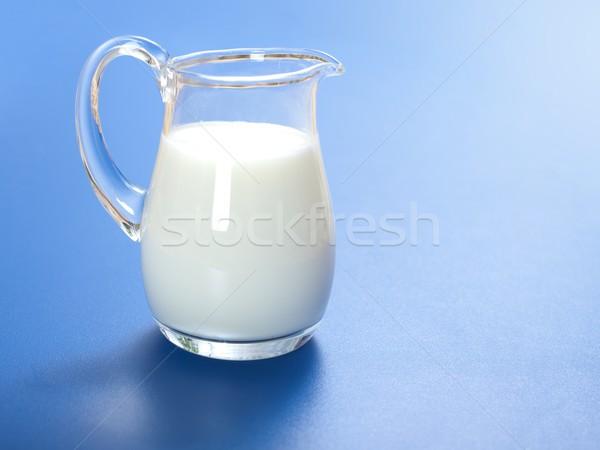 Um litro leite vidro jarro azul Foto stock © icefront