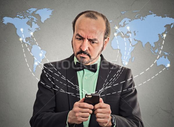 Foto d'archivio: Uomo · d'affari · smartphone · internet · moderno · comunicazione