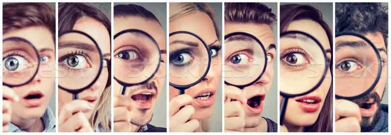 グループ 好奇心の強い 女性 男性 見える 虫眼鏡 ストックフォト © ichiosea