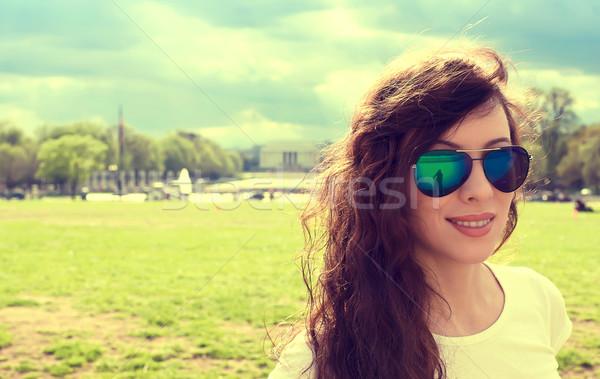 Gelukkig jonge vrouw Washington DC centrum voorjaar zomer Stockfoto © ichiosea