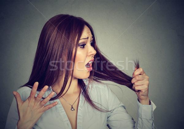 Csalódott nő meglepődött haj boldogtalan zaklatott Stock fotó © ichiosea