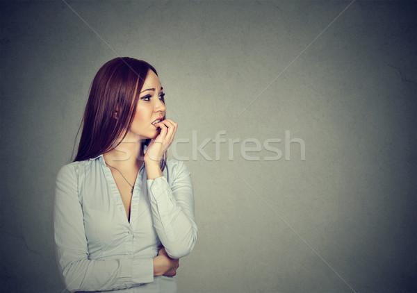 Foto stock: Ansioso · mulher · jovem · unhas · mulher · retrato
