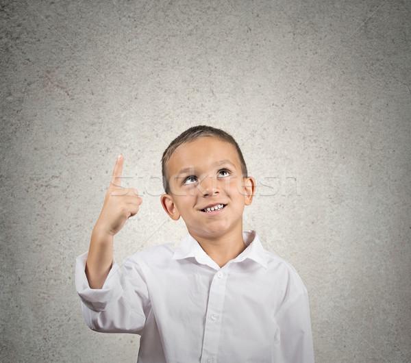 Fiú mutat mutatóujj felfelé portré felfelé néz Stock fotó © ichiosea