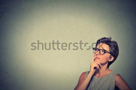 женщину мышления портрет сторона профиль Сток-фото © ichiosea