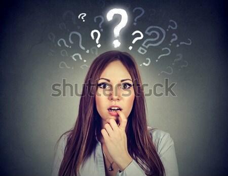 Meglepetés zavart nő portré néz meglepődött Stock fotó © ichiosea