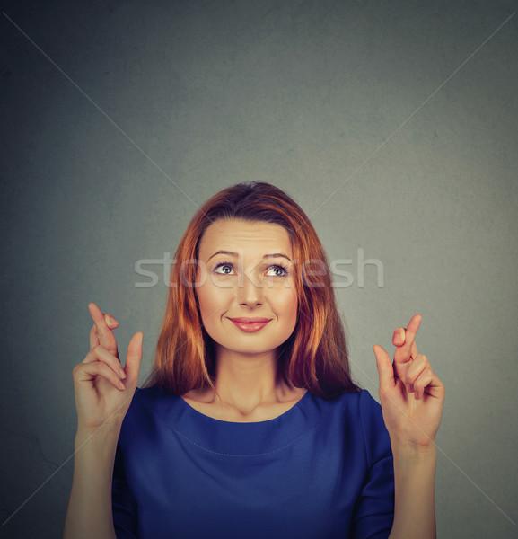 Esperanzado mujer hermosa dedos primer plano Foto stock © ichiosea
