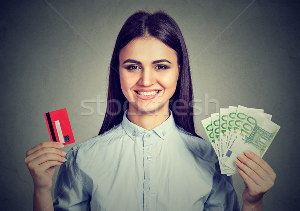 Shopping femme carte de crédit trésorerie euros Photo stock © ichiosea