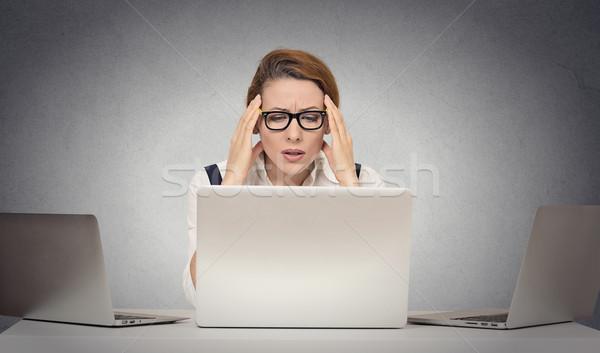 Deprimido cansado mulher secretária laptop infeliz Foto stock © ichiosea