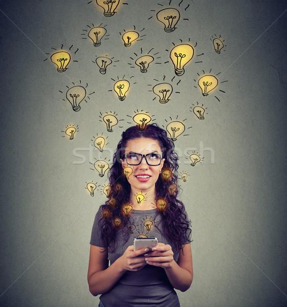 Vrouw ontwikkelen ideeën jonge vrouw bril Stockfoto © ichiosea