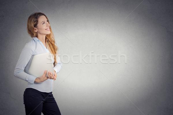 счастливым красивая женщина ноутбука мышления Сток-фото © ichiosea