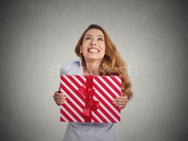 шкатулке рук молодые счастливым женщину изолированный Сток-фото © ichiosea