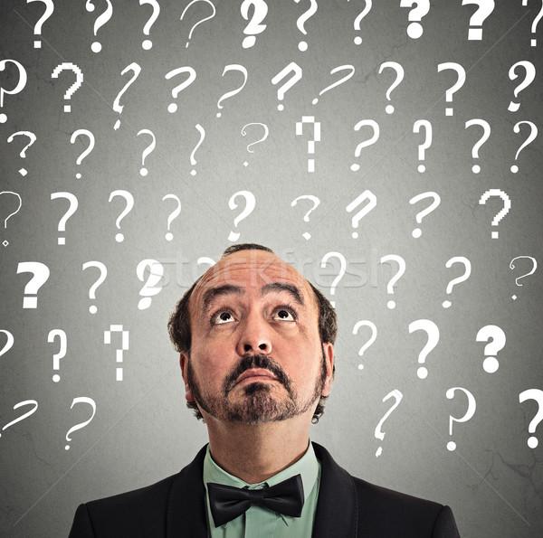 üzletember sok kérdések középkorú férfi tanácstalan arc Stock fotó © ichiosea