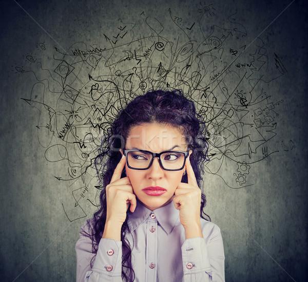 Młoda kobieta bałagan głowie zamyślony kobieta Zdjęcia stock © ichiosea