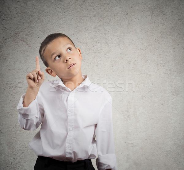 Bambino pensare idea ragazzo guardando punta Foto d'archivio © ichiosea