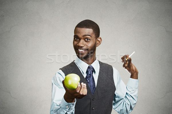 Boldog férfi nem dohányzás egészséges élet lehetőségek Stock fotó © ichiosea
