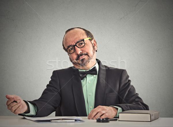 бизнесмен глядя интервью серьезный очки сидят Сток-фото © ichiosea