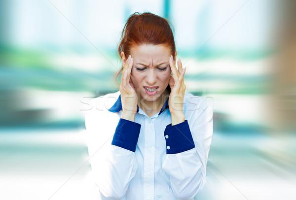 Hangsúlyos üzletasszony közelkép portré szomorú boldogtalan Stock fotó © ichiosea