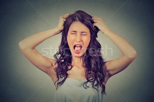 Photo stock: Frustré · colère · femme · hurlant · sur · fort