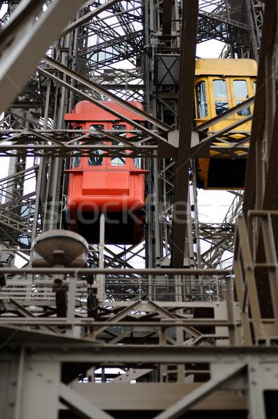 лифта Эйфелева башня Париж подробность красный желтый Сток-фото © ifeelstock