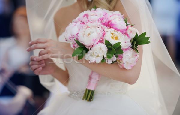 ストックフォト: 花嫁 · 花束 · 白いドレス · 触れる · リング
