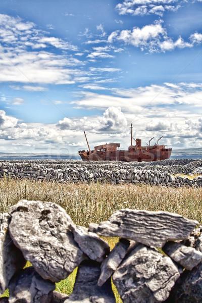 крушение острове Ирландия небе морем песок Сток-фото © igabriela
