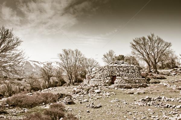 Tradizionale capanna pietra montagna architettura vintage Foto d'archivio © igabriela