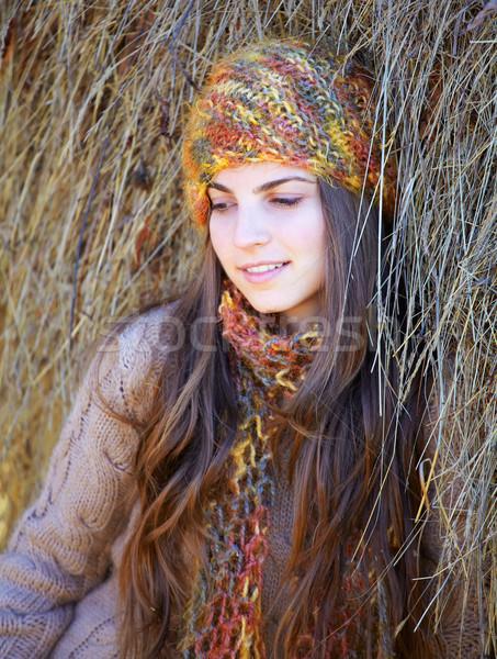 красивая женщина Открытый тень стог сена Сток-фото © igabriela