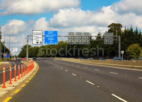 Snelweg Dublin Ierland weg teken reizen Stockfoto © igabriela