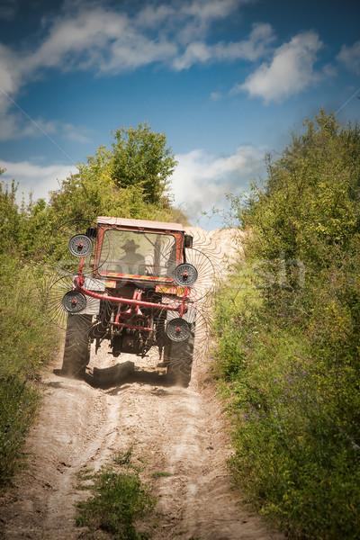 трактора крестьянский вождения синий фермы Сток-фото © igabriela