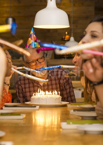 Doğum günü dede büyük aile kutlamak adam Stok fotoğraf © iko