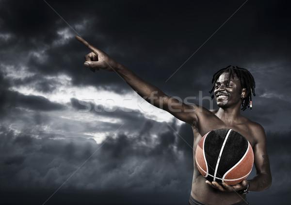 Portret młody człowiek ulicy koszyka gracz Zdjęcia stock © iko