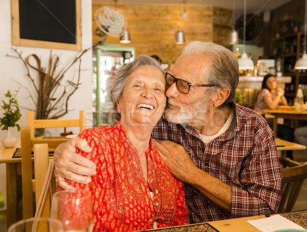 Stok fotoğraf: Yaşlı · çift · restoran · iyi · zaman · gıda · sevmek