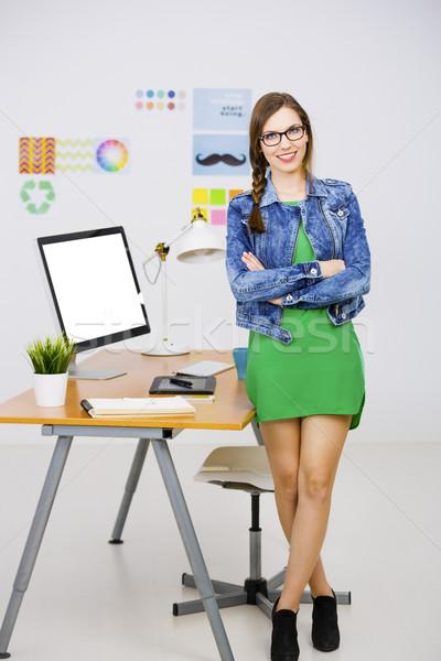Gündelik işkadını kadın çalışma büro yaratıcı Stok fotoğraf © iko