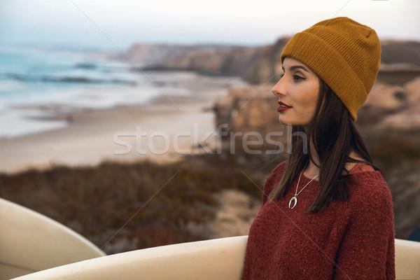 Stok fotoğraf: Sörfçü · kız · sörf · arama · dalgalar