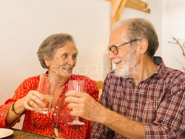 Casal velho olhando feliz restaurante família Foto stock © iko