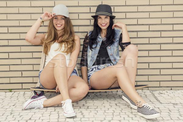 Meninas dois belo jovem Foto stock © iko