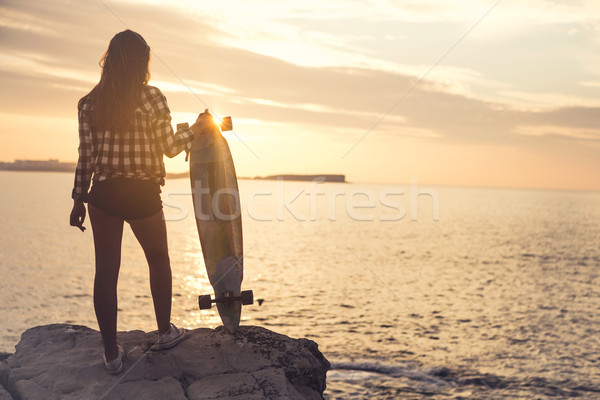 スケート 少女 美しい ファッション 若い女性 ポーズ ストックフォト © iko