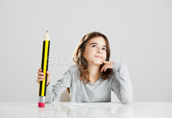 Stock fotó: Kislány · iskola · gyönyörű · asztal · játszik · nagy