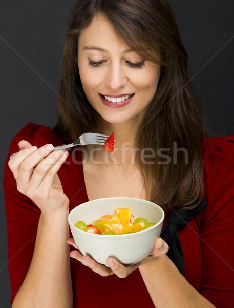 женщину еды фруктовый салат красивой черный Сток-фото © iko